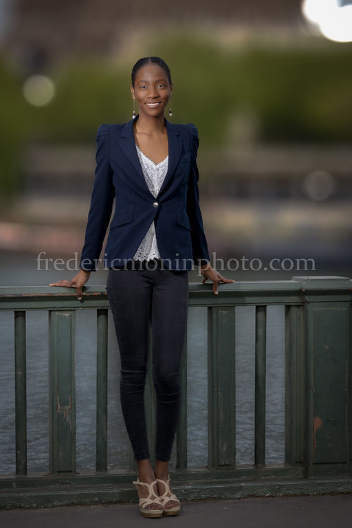 Outdoor shooting in Paris with Marie-Aude