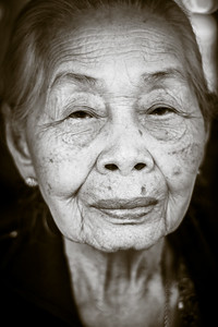 Portrait of an old lady met at Umphang.