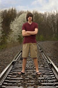 DSC07732-dylan on tracks2