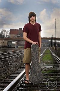 DSC07683-dylan on tracks