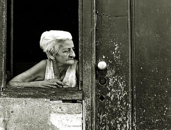 old-woman-in-Trinidad