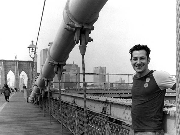 David, Brooklyn Bridge - Argentina