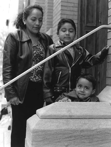 Fannie and sons, Son Colombo Church, Chelsea - Ecuador