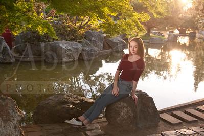 Rachel SeniorPhotographs 20160416 200431
