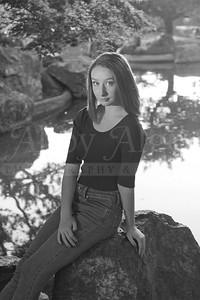 Rachel SeniorPhotographs 20160416 200458-2