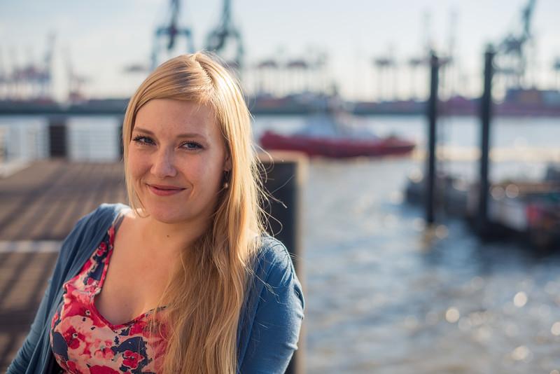Freie Rednerin Natalie Leistner von Liebesbaum Zeremonien in ihrer Hamburger Heimat Altona