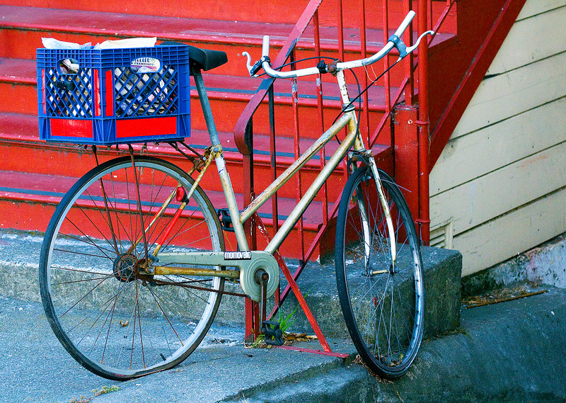 CAPTION: 'Old Friend' Bicycle <br /> LOCATION: San Francisco, California<br /> DATE: 6-13-08<br /> NOTES: <br /> HEADING: