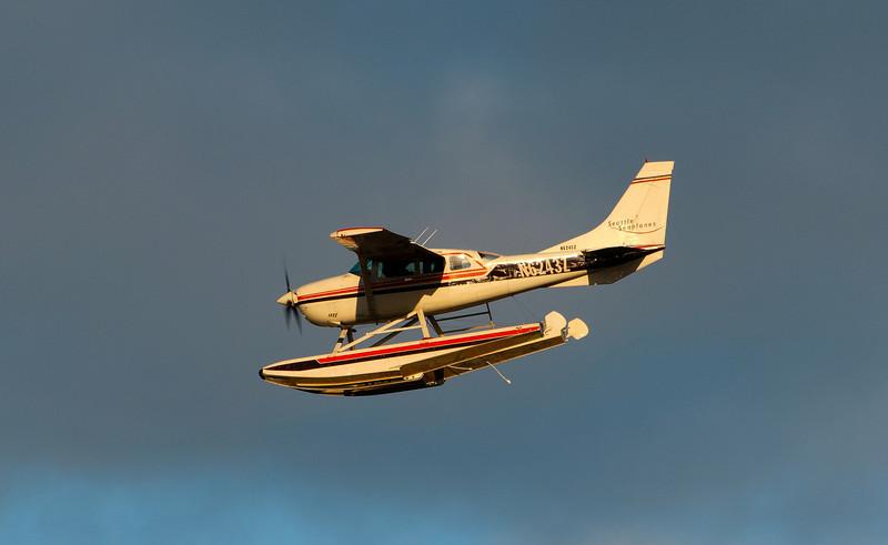CAPTION: Seaplane<br /> LOCATION: Lake Union Park, Seattle, Washington State<br /> DATE: 2-26-12<br /> NOTES: Seattle Seaplanes<br /> HEADING: