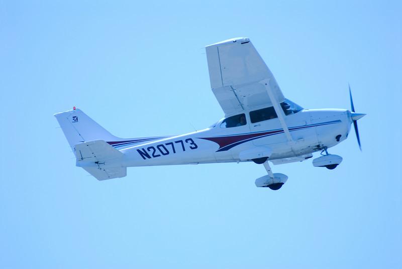 CESSNA 172 SKYHAWK<br /> San Luis Obispo County Regional Airport, California