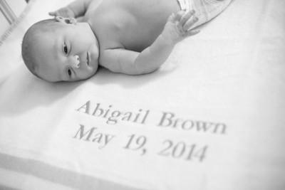 Abigail-newborn_021-bw
