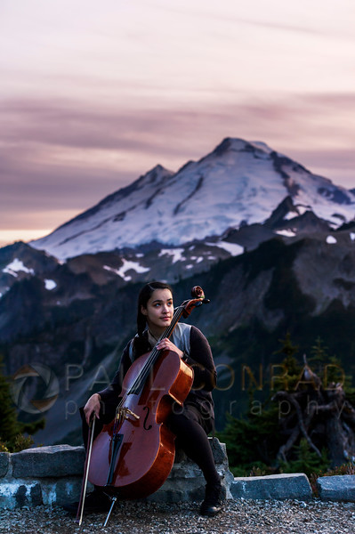 Bellingham Portrait Photographer - Alyzabeth: High School Senior Portraits