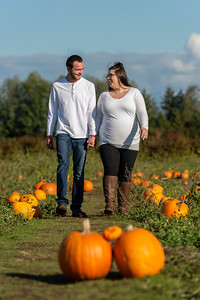 Rebecca and Jake Maternity Session 0521