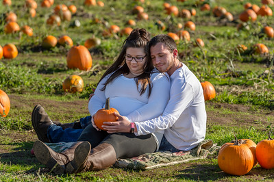Rebecca and Jake Maternity Session 0257