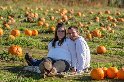 Rebecca and Jake Maternity Session 0197