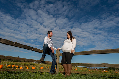 Rebecca and Jake Maternity Session 0772