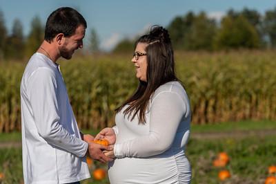 Rebecca and Jake Maternity Session 0418