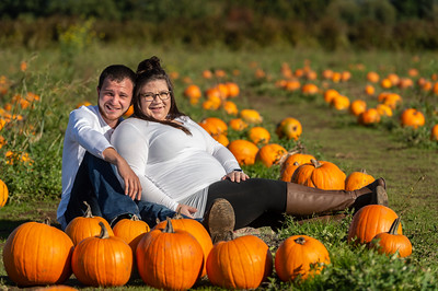 Rebecca and Jake Maternity Session 0187