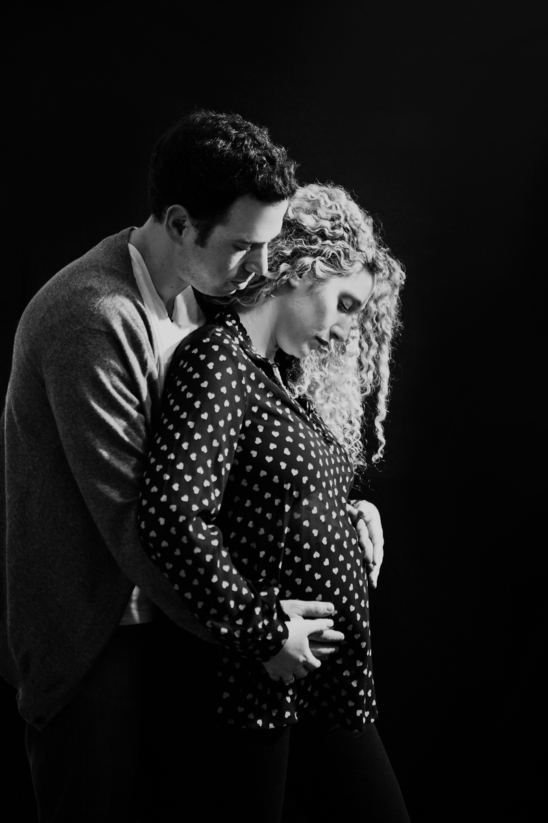 studio maternity photography pictures