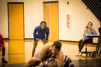 HHS Wrestling 11 26-5