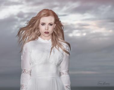 Model: Julia Hope