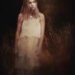 Model: Elysha de Rybel