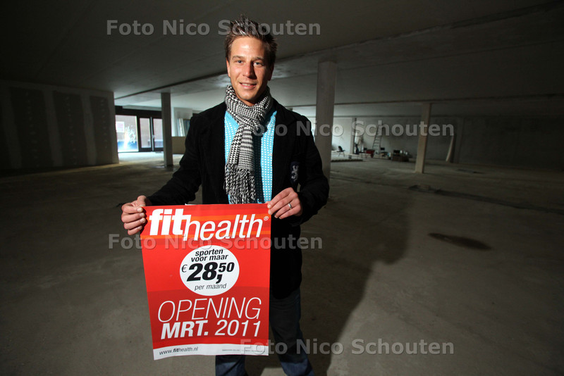Karsten Buitendam wil begin volgend jaar de eerste sportschool in Palenstein openen - ZOETERMEER 14 DECEMBER 2010 - FOTO NICO SCHOUTEN