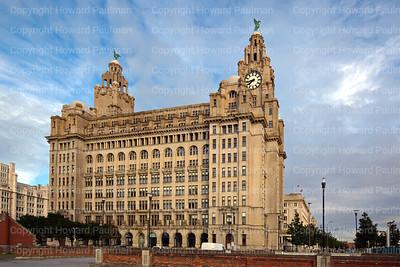 10_July_2017_954_Royal_Liver_Building_Liverpool_UK
