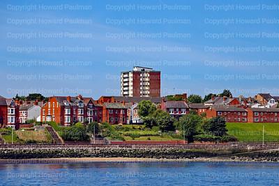 12_July_2017_1052_Homes_Along_Mersey_River_Ergemont_UK
