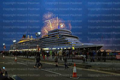 11_July_2017_1030_Queen_Elizabeth_Fireworks_Liverpool_UK