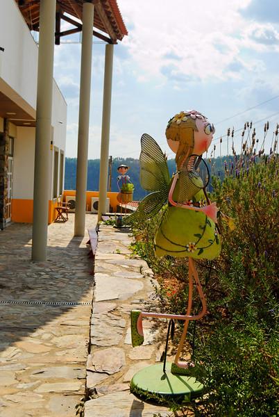 Foz do Cobrão<br /> Aldeia típica desta região da Beira com praia fluvial e solário. Pode ser visitado também um moinho recuperado recentemente.<br /> Óptimos locais para a pesca desportiva, recreio e lazer.