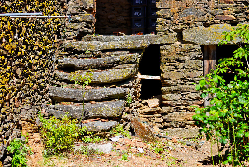 Vales - Alfandega-da-fe -20090502  -  9901