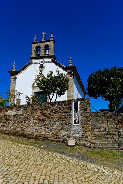 Vales - Alfandega-da-fe -20090502  -  9896