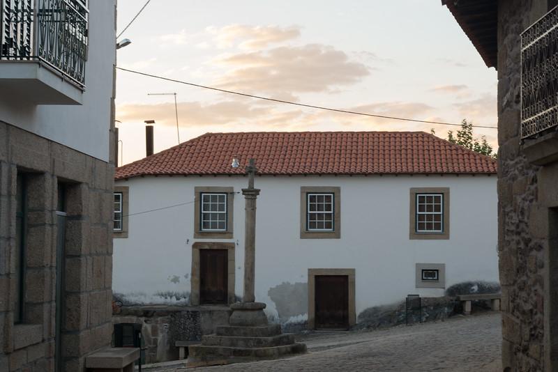 Vilares da Vilariça, Alfandega da Fé