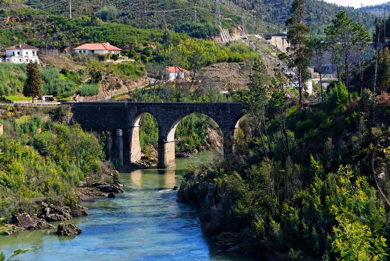 Resultado de imagem para Ponte da Bouçã