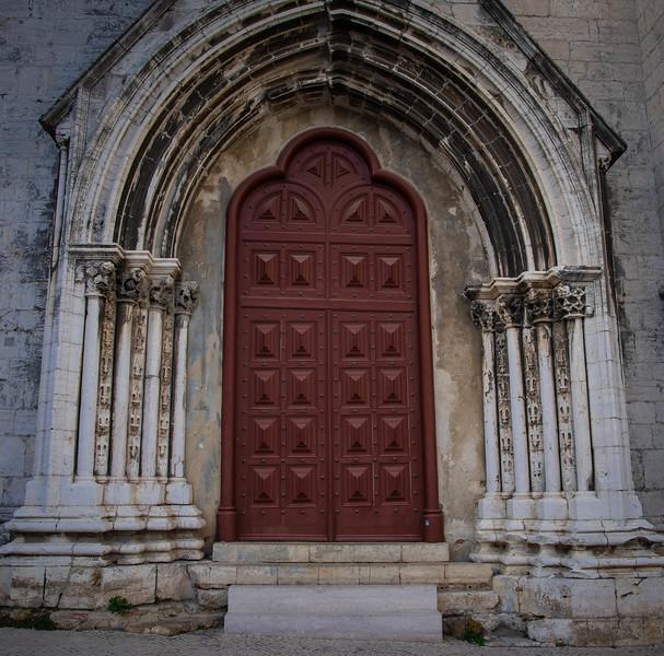 walking tour in lisbon