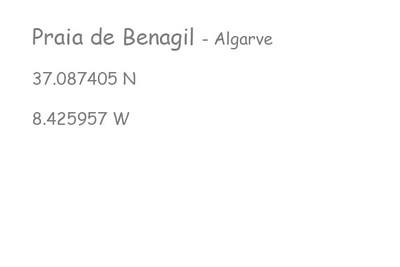 Praia-de-Benagil-Algarve
