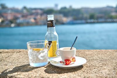 Kaffee, Bica - Die Küstenstadt Porto im Norden von Portugal