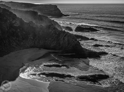 Praia do Alvorião - Costa Alentejana - B&W