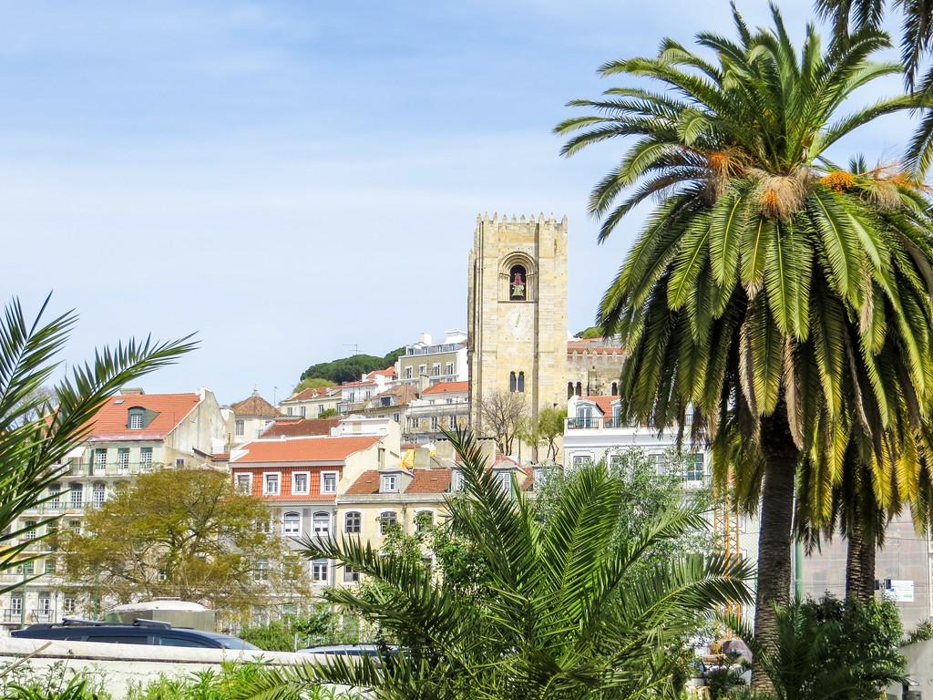 Solo travel in Lisbon promises warm delightful weather.
