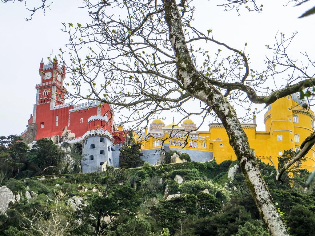 explore sintra in portugal as a break from lisbon