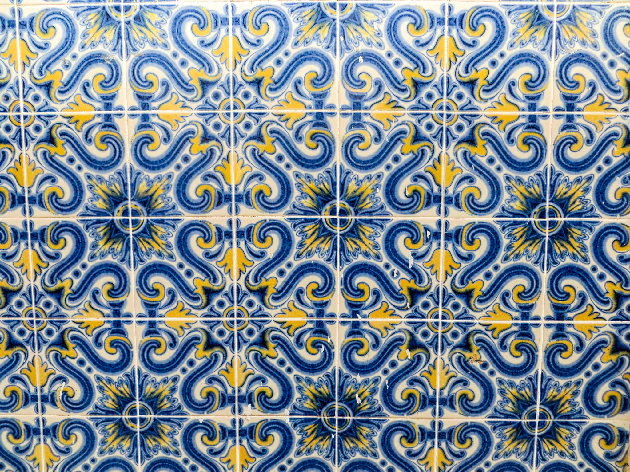 what to see in lisbon in 2 days includes plenty of gorgeous tile