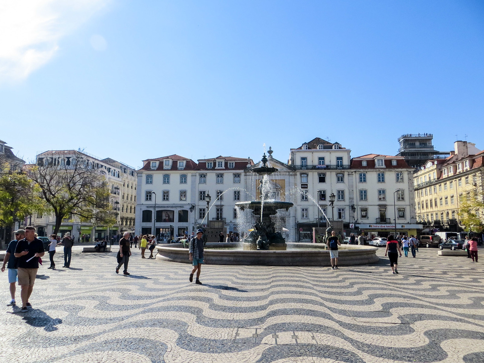 2 days lisbon: arrive at the rossio station and check out the neighborhood