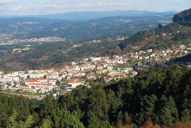 Vouzela vista da<br /> Torre Medieval de Paços de Vilharigues
