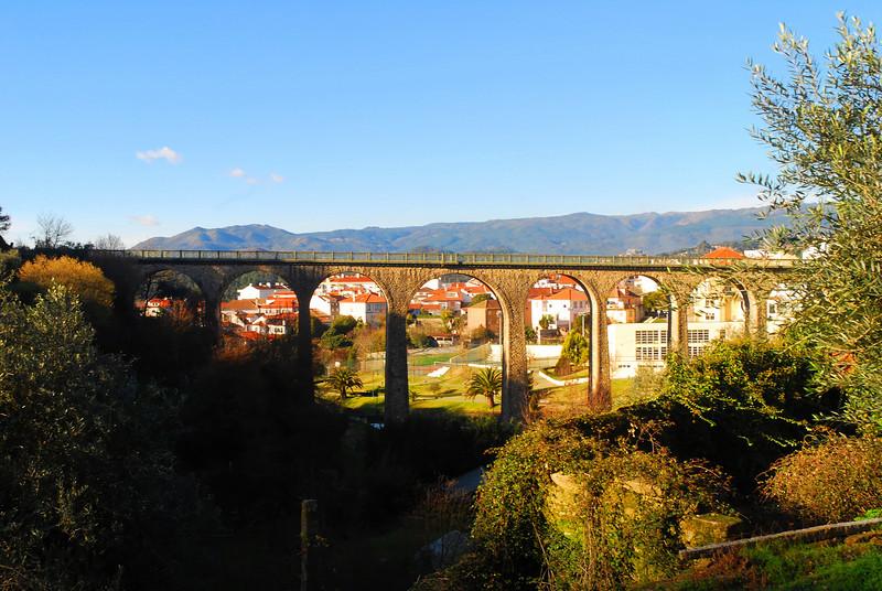Ponte do antigo caminho de ferro