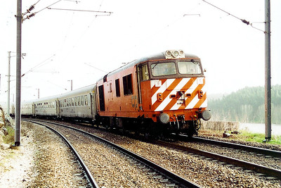 1805 at Mouriscas - A on 28th January 2001