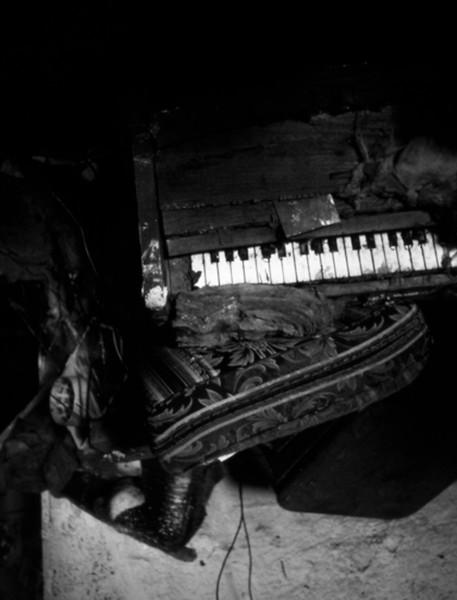9th Ward Interior #19: Piano