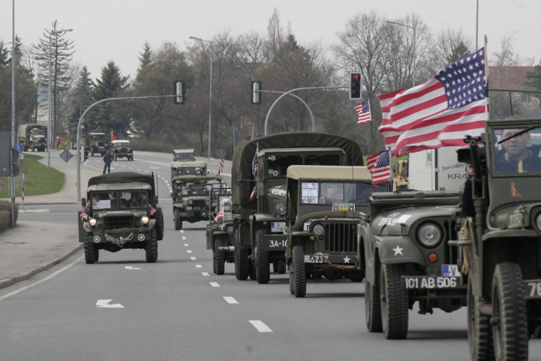 The Convoy on the road to Plauen