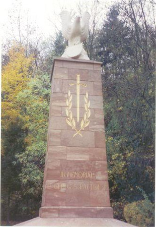 Memorial to General George S. Patton at Ettlebruck Park, <br /> Ettlebruck, Luxembourg.