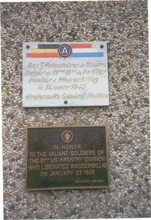 """WASSERBILLIG, LUXEMBOURG PLAQUE<br /> <br /> """"In Honor of The Valient Soldiers of the 87th Infantry Division who liberated the town of Wasserbillig, Luxembourg on January 23, 1945.""""<br /> <br /> Dedicated by <br /> Centre Etude Battaile Ardennes<br /> ( C.E.B.A. )<br /> The Center for the Study of the Battle of the Ardennes is the study group in Luxembourg.<br /> <br /> A similar group exists in Belgium.....<br /> Centre pour Research et Information de Battaile Ardennes.. ( C.R.I.B.A )<br /> The Center for Research and Information of the Battle of the Ardennes."""