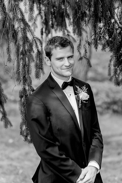groom-portrait-waterwheel-restaurant-doylestown-pa-wedding-kate-timbers-photography-4930
